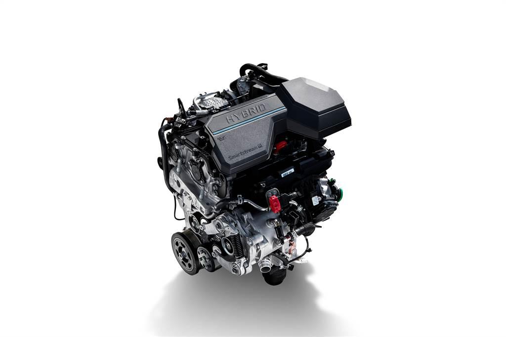 1.6T Hybrid油電動力為Santa Fe首度導入,擁有230PS最大綜效馬力。