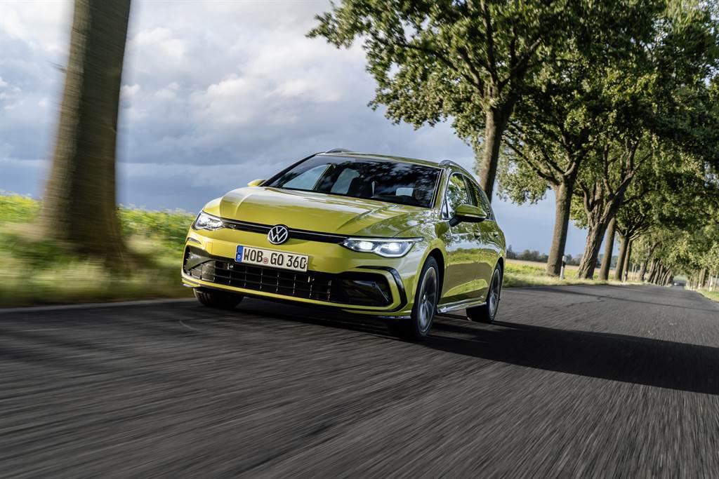 數位革命展現絕對魅力,VW Golf 8提供九車型豪華配備陣容,售價94.8萬起。
