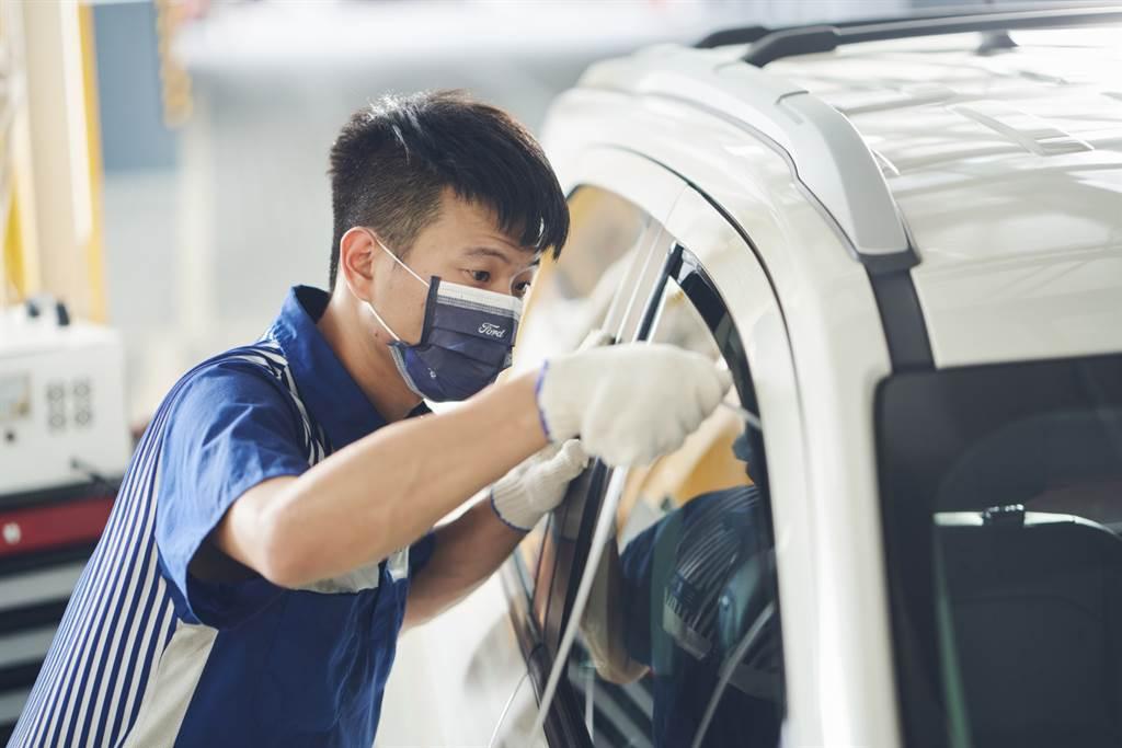 防疫期間,Ford車主回廠即享180秒臭氧殺菌服務。