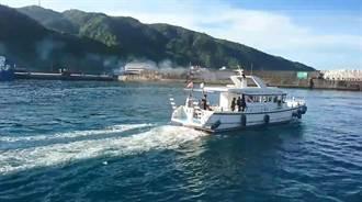 台東綠島飛機停飛3天 娛樂船緊急開船載運綠島鄉民