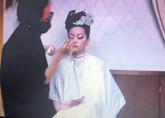 沒模特兒只好畫自己練習 弘光妝品系生線上賽奪2金