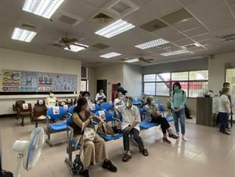 莫德納疫苗開打 台南衛生所限額100名半小時搶光