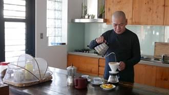 專訪/蔡明亮咖啡遇疫情業績剩兩成 作畫解悶更珍惜過往好日子