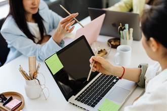 職場》暑期打工挑任務或技術?人力銀行分析哪行適合你!