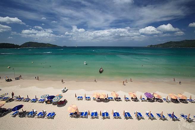 巴東海灘 (圖片:泰國觀光局提供)