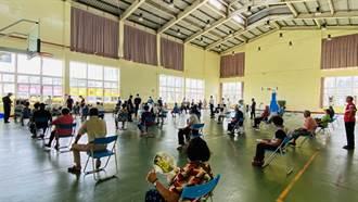 台南學甲區莫德納疫苗開打  392劑順利接種完畢