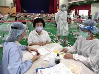 台中市議員張瀞分今接種 籲中央速提供足夠疫苗