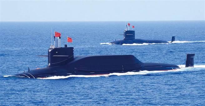 中方海軍戰略核潛艇的資料照。(中新社)