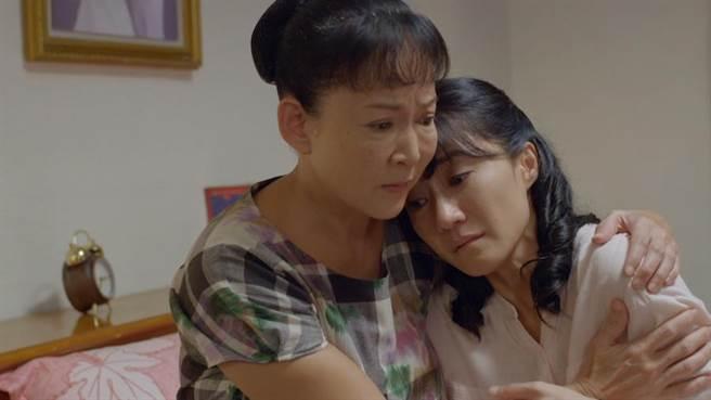陳玉玫(左)飾演有智慧的婆婆。(大愛台提供)