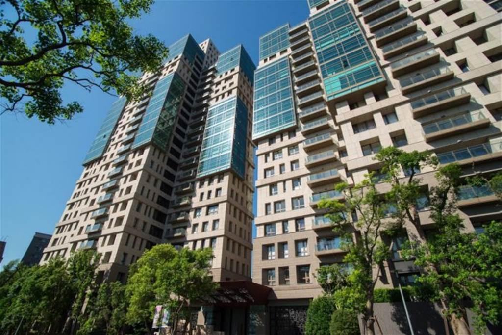 內湖「文心AIT」3月成交24樓,單價睽違6年以來最高。(台灣房屋提供)