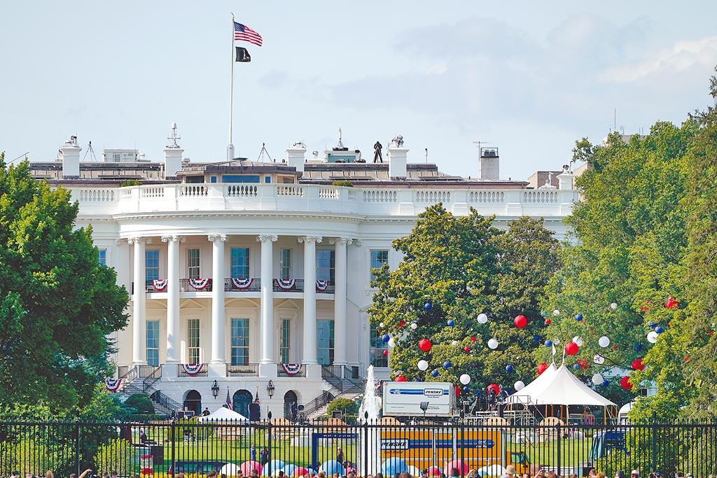 白宮南草坪的國慶慶祝活動已準備就序。圖/美聯社