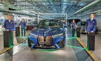 BMW 宣告 iX 電動休旅正式開始生產,同步確認 5 系列、7 系列下一代會電動化