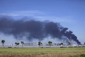 台資明諦化學泰國工廠爆炸釀27傷 1消防員殉職
