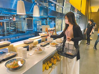 外帶商機夯 5飯店變身美食賣場