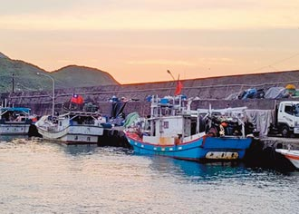 北台灣唯一 馬崗漁港飛魚船出航