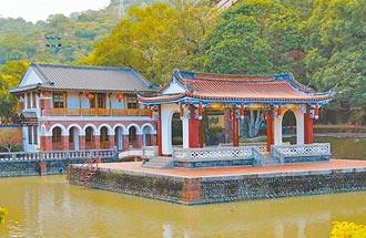 廟宇裡的台灣秘史