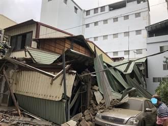 台中潭子民宅突坍塌 母女脫困壓毀1轎車