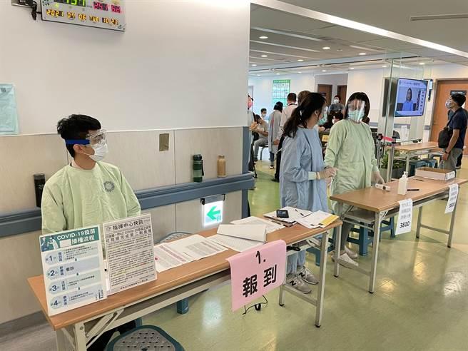 台中榮總打造孕婦疫苗施打特別門診今天開打。(台中榮總提供/張妍溱台中傳真)