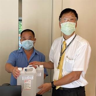 永慶房產集團淡水區加盟三品牌「攜手抗疫 社區送愛」