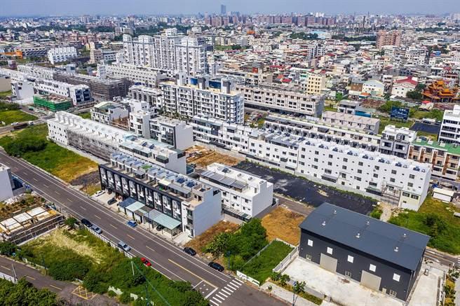 湖子內區段徵收建案爆增,嘉義市政府核發住宅類建照大幅成長。(嘉義市政府提供)