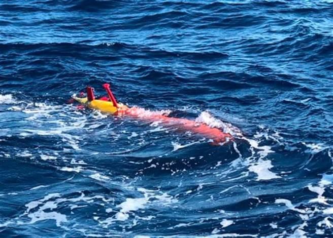 輕型長續航力的「海鯨2000」是中方研製的無人潛航器之一。(中國科學院瀋陽自動化研究所)