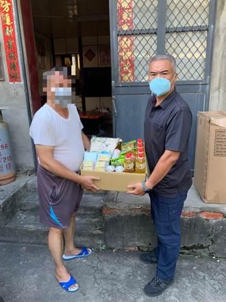 男生活陷困境 台中日南警所長自掏腰包購物資