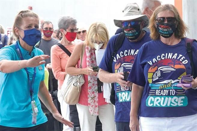 ▲首批1,100名乘客對於首發復航的遊輪旅遊感到非常興奮。 圖:名人遊輪/提供