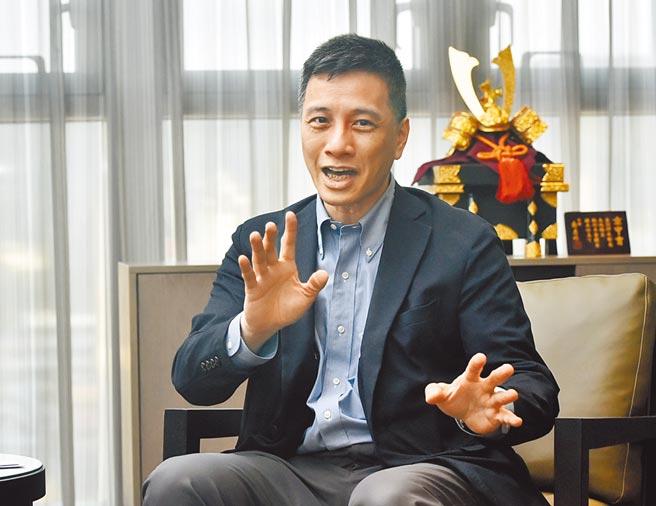 東元董事長邱純枝9日到台北地檢署,按鈴控告菱光董事長黃育仁(見圖)涉嫌加重誹謗等罪。(本報資料照片)