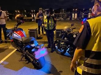 改裝車友屢深夜群聚台南觀夕平台 警攔查上百輛汽機車共告發40件