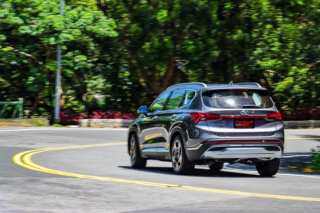 暖心歐爸大進化,2021 Hyundai Santa Fe 2.2 Smartstream D GLD-B 大規模改款