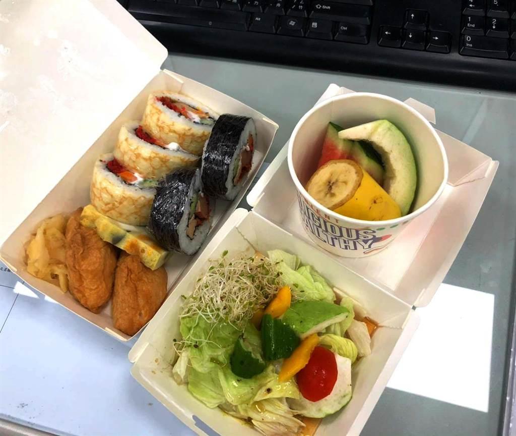 華梵大學蔬食餐廳好吃料理:壽司餐。(華梵大學提供)