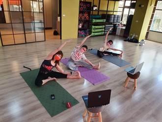 前立委推親子瑜珈線上課程 助雲林家扶親子抗疫