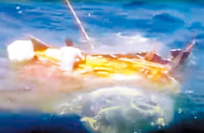 海上殘殺4名海盜拍片瘋傳全球,陸船長判26年延押2個月。(中時資料庫)