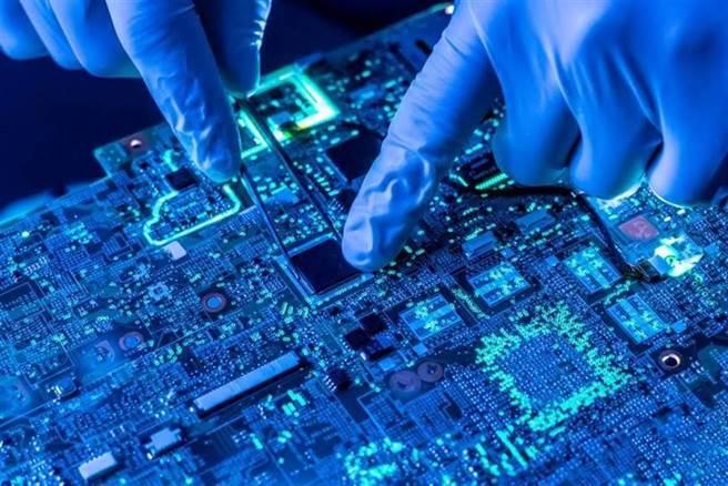 全球「晶片荒」醞釀帶動假晶片出現擾亂市場。(shutterstock)