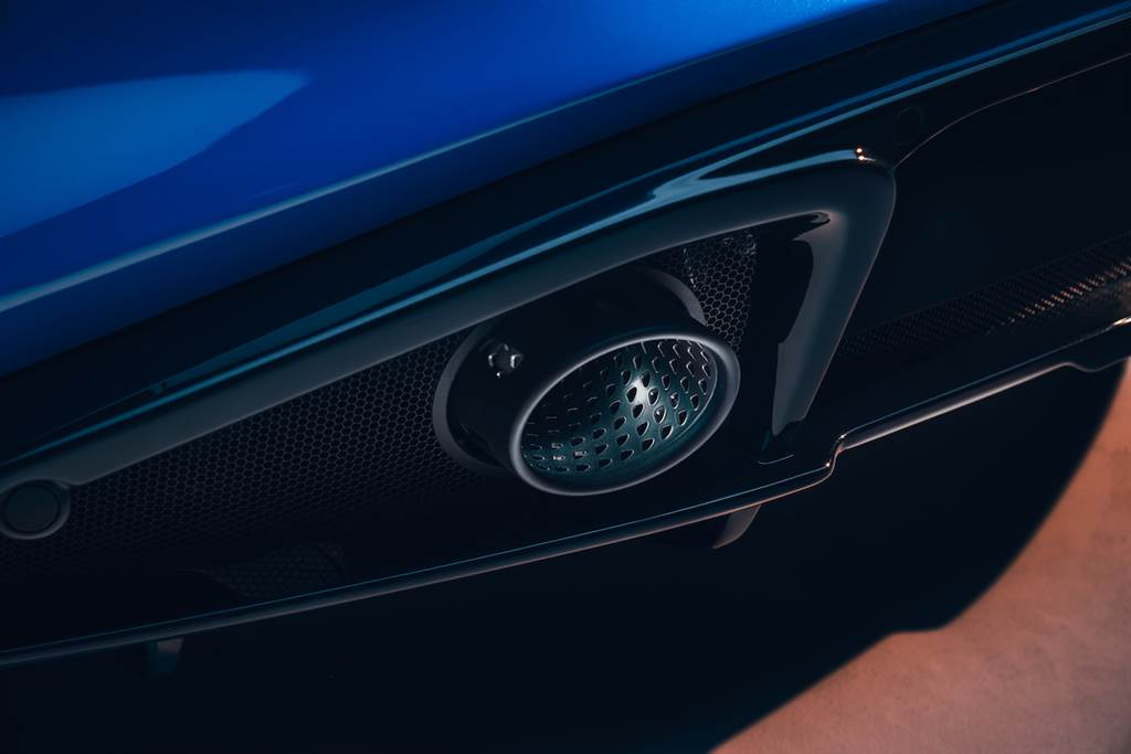 全新 Lotus Emira 疾速競化,總代理 Gama Lotus 即日起開放訂車諮詢、預計於 2022 中後正式抵臺