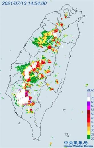 不斷更新》彰投雲等7縣市大雷雨轟炸 10縣市大雨恐下到晚上