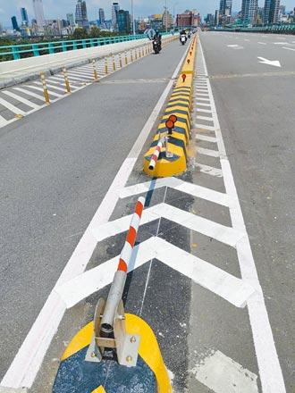新北6橋梁機車道 設緊急出入口