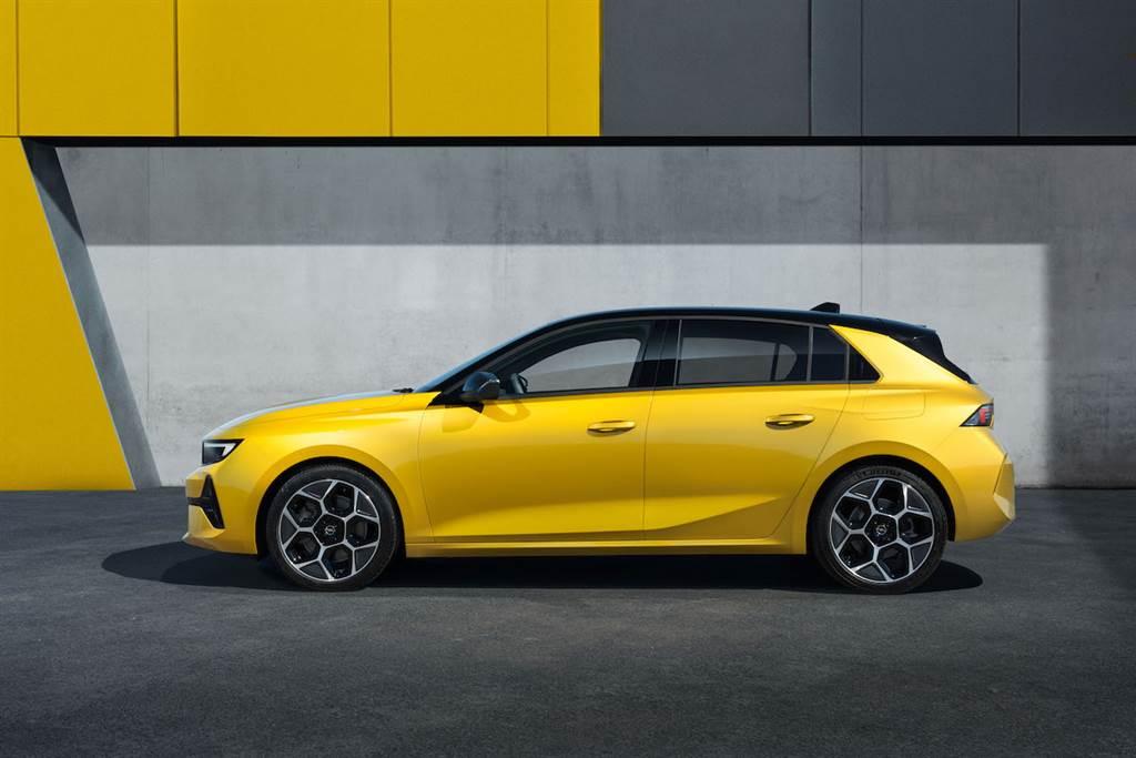 與法國兄弟截然不同的新復古設計,Opel/Vauxhall Astra 大改款正式發表