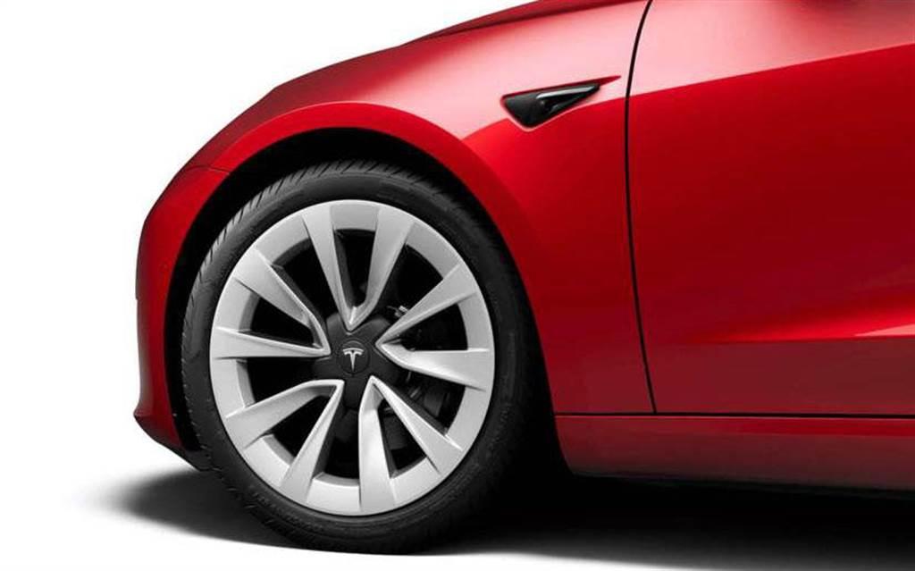 台灣特斯拉發布 Model 3 召回公告!煞車卡鉗螺栓、安全帶高度調整器恐未鎖緊需回廠檢修