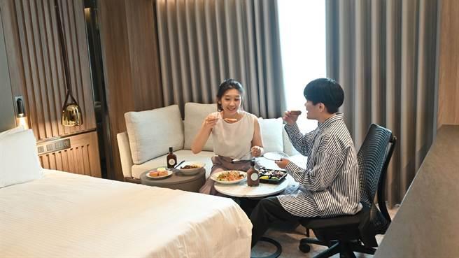 高雄福華飯店推出「安心微放風旅行」,期待業績回流。(柯宗緯翻攝)