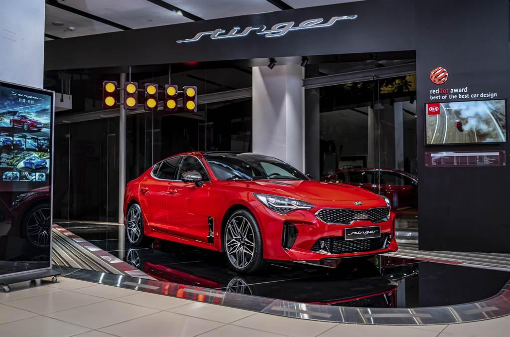 KIA旗艦轎跑Stinger以三大DNA「Performance絕佳操控、Trendy Design革新設計、Pioneer Technology前瞻科技」打造,重新形塑世人對Gran Turismo豪華旗艦轎跑的想像。