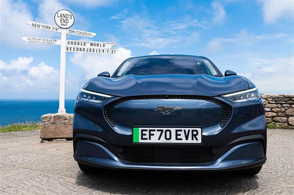 充電 45 分鐘可跑超過 1,350 公里,福特野馬 Mach-E 創下電動車能源效率金氏世界紀錄