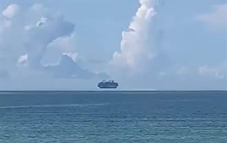 幽靈船現蹤!海上驚見2郵輪懸浮空中 路人全看呆