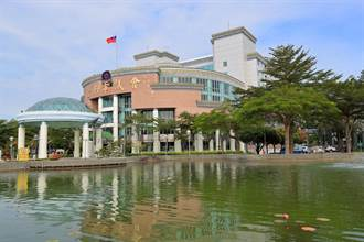 台南市議會願出借大廳當接種站 衛生局:看登記人數決定