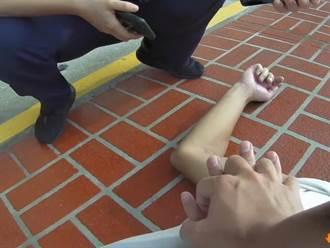 男子無意識脈搏 員警CPR急救起