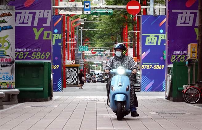 疫情下的艱辛!台灣重現經濟榮景,餐飲業卻看不見希望。(圖/本報資料照)