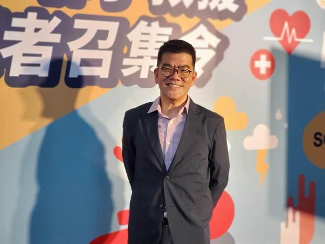 今年5月雲林縣府做了一個「雲林守護者」App,就是馬惠明當初推公共場所AED計畫的延續,三月間他出席在雲林縣消防局的記者會時很感動。(周麗蘭攝)