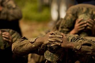 魔鬼女大兵誕生 美海軍出現首位女兵通過特種作戰訓練