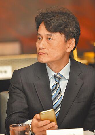 陳彥松 接國巨集團財務長
