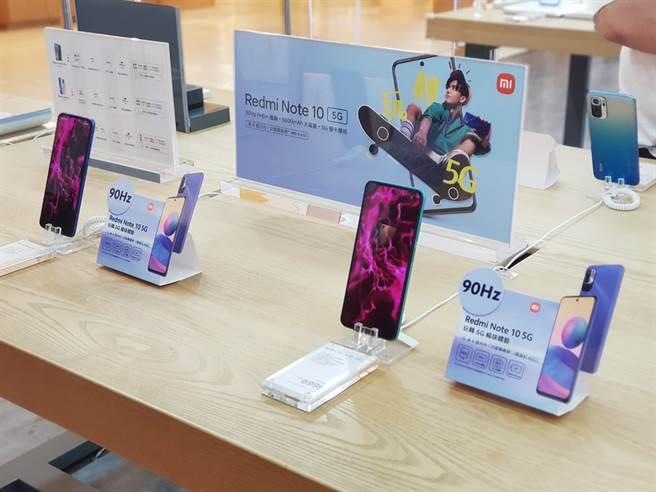 搭上小米生活節,傑昇宣佈限時品牌手機狂降,通通免萬元。(傑昇通信提供/黃慧雯台北傳真)